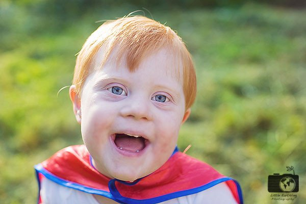 Little Earthling Photography provides free Superhero sessions to children with special needs.