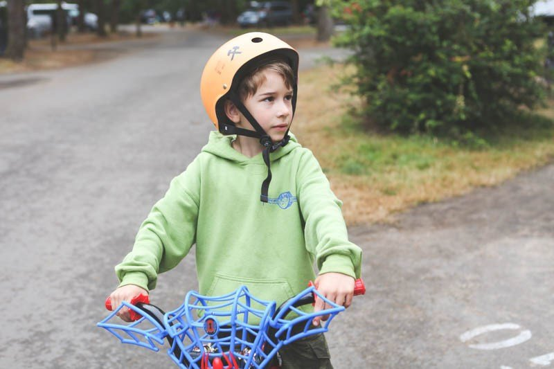 Balance bike or training wheels? Which is the best option?