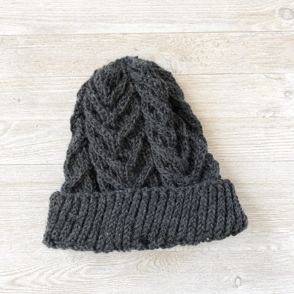 I recently knit this antler cable had for a friend using cascade super wash.