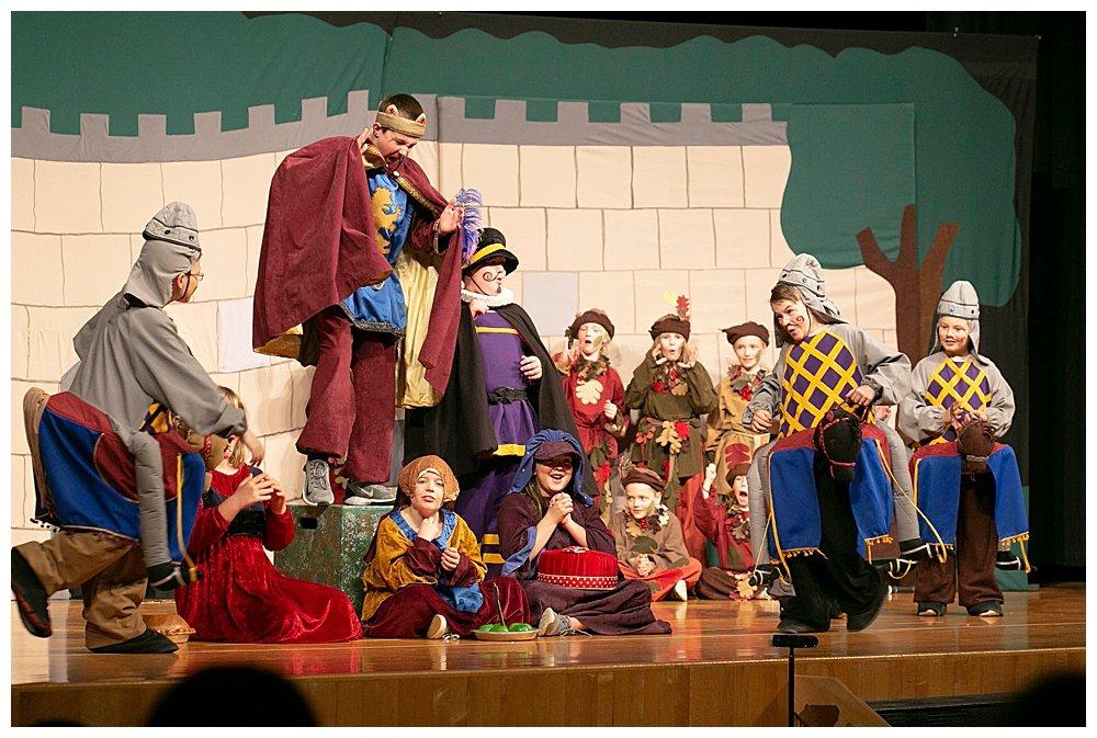 Missoual Children's Theater Robin Hood.
